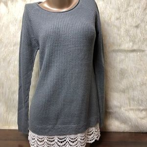 Hippie Rose | Chunky Knit Lace Trim Sweater (M)